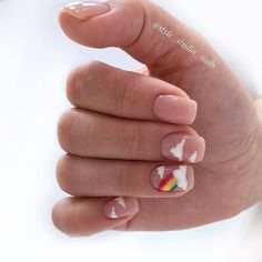 Here is a tutorial for an interesting Christmas nail art Silver glitter on a white background – a very elegant idea to welcome Christmas with style Decoration in a light garland for your Christmas nails Materials and tools needed: base… Continue Reading → Swag Nails, My Nails, Polish Nails, Multicolored Nails, Nail Drawing, Fire Nails, Minimalist Nails, Rainbow Nails, Dream Nails
