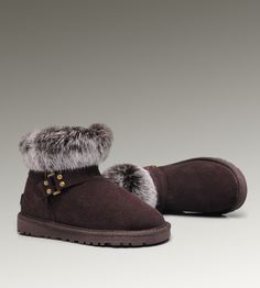 UGG Mini Fox Fur 5859 Chocolate Boots