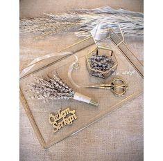 Nişan veya söz tepsisi 🍀 We Bare Bears Wallpapers, Paper Crafts, Diy Crafts, Wedding Ring Box, Bear Wallpaper, Wedding Preparation, Hair Accessories, Engagement, Bride