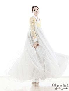 My wedding / 바이단 소녀의 미소처럼 달콤한 한복 / 기자/에디터 : 도나형 / 사진 : 김성진 / 모델 진정선 / 헤어&메이크업 위드 뷰티살롱 (헤어 라임, 메이크업 여진) / 한복 바이단