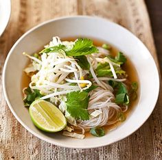 I've never had Pho, but this is a vegetarian (and easily vegan) recipe for it that I will be trying. #vegan #cleaneating