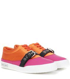 MIU MIU Satin Sneakers. #miumiu #shoes #sneakers