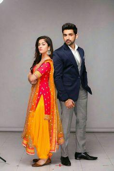 Saree Photoshoot, Photoshoot Fashion, Wedding Photoshoot, Bollywood Girls, Bollywood Celebrities, Punjabi Dress, Punjabi Suits, Patiyala Dress, Mehndi Outfit