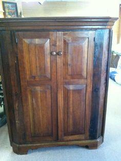 Beautiful Antique Southern Walnut & Pine Primitive Corner Cabinet ca Mid C Cupboard, Armoire, Primitive, Pine, Cabinets, Southern, Corner, Antiques, Furniture
