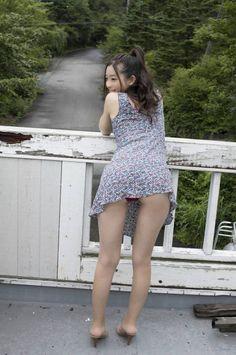 【過激画像】足立梨花の水着画像のプリケツがエロすぎてヌケるwwwwwwwww | ねたにゅー★画像