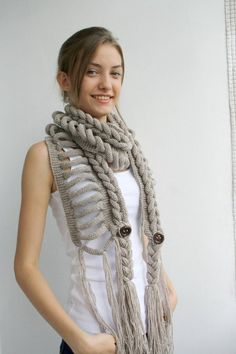 Hand Knit Milky Brown Wool Scarf with Brown Button Autumn Crochet Scarves, Crochet Shawl, Crochet Clothes, Knit Crochet, Knitting Scarves, Free Crochet, Cute Gifts For Girls, Cowl Scarf, Hand Knitting