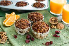 SOUND SO GOOD! Cranberry Orange Pumpkin Muffins #healthydoesnthavetobesohard #vegan #healthysnack Knives, Canned Pumpkin, Vegan Pumpkin, Pumpkin Spice, Pumpkin Bread, Vegan Muffins, Muffins Blueberry, Zucchini Muffins, Forks