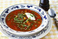 Ciorba ardeleneasca de fasole verde Romanian Food, Romanian Recipes, New Recipes, Salsa, Mexican, Ethnic Recipes, Soups, Drinks, Green