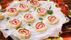 Swiss Roll Recipe – No Egg Jam Cake Rolls – CookingShooking Egg Free Recipes, Almond Recipes, Jam Roll, Strawberry Roll Cake, Jelly Roll Cake, Almond Meal Cookies, Cake Roll Recipes, Swiss Rolls, Cake Tray