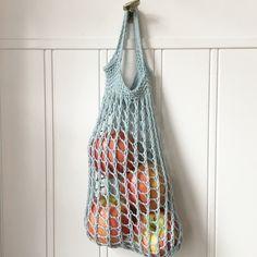 Istället för plast! – garnomera Diy Crochet, Crochet Hooks, Crochet Top, Crochet Bags, Knitting Patterns, Crochet Patterns, Plast, Diy And Crafts, Sewing