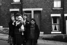 Peter Moore's memories of growing up Newcastle's West End - Chronicle Live Newcastle Gateshead, Property Investor, West End, Brisbane, Old Photos, Growing Up, Nostalgia, Street View, Memories