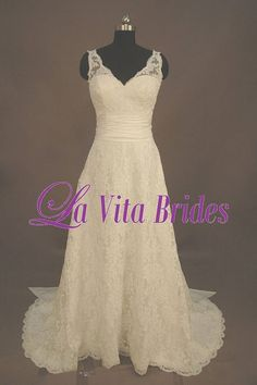 Old fashioned wedding dress that I love