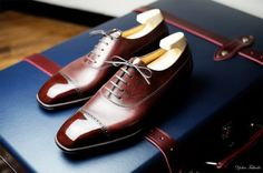 It seems like every gentlemen owns a pair of Oxford. This all-time classic shoes is a must-have and basic item that goes well with various clothing and always keeps a man a gentleman. As much as it is super common… Continue Reading →