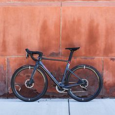 PARLEE Cycles | RZ7 LE Clean Sheets, Carbon Road Bike, Bottom Bracket, Brake Calipers, Road Bikes, Custom Paint, Carbon Fiber, Custom Framing