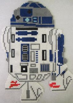 Star Wars R2D2 perler beads by Webster E. - Perler® | Gallery http://mistertrufa.net/librecreacion/culturarte/?p=12