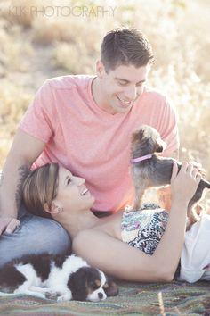 Outdoor Engagement Photo, Cute Couple Engagement, www.agoodaffair.com