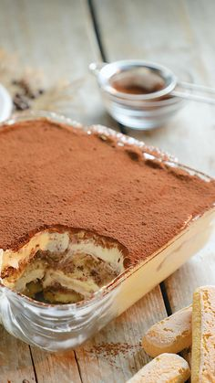 Dessert Dips, No Bake Desserts, Baking Recipes, Cake Recipes, Dessert Recipes, Classic Tiramisu Recipe, Easy Tiramisu Recipe With Cream Cheese, No Bake Tiramisu Recipe, Homemade Tiramisu