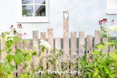 Zaunelement als Pflanzenstütze, DIY Garden Fencing, Garden Soil, Garden Beds, Garden Plants, Gardening, Pallet Garden Furniture, Pallets Garden, Citrus Garden, Privacy Screen Outdoor