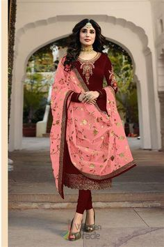 Salwar kamees Dupatta Churidar semi stitched Party wear Designer Suits for Women Designer Suits Online, Designer Salwar Suits, Designer Wear, Designer Dresses, Costume Beige, Costume Gris, Latest Salwar Suits, Salwar Suits Online, Churidar Suits