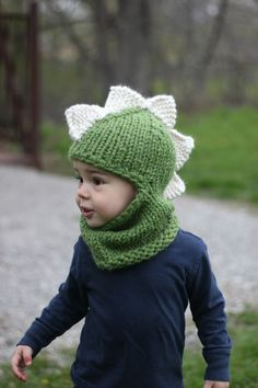 The Dino Balaclava pattern by Jenny Nicole Welcome to Style Me Cozy! All of my patterns are designed to be simple to knit, cozy to wear, and timeless in style. Crochet Kids Hats, Baby Hats Knitting, Crochet For Boys, Knitting For Kids, Crochet Beanie, Crochet Gifts, Loom Knitting, Baby Knitting Patterns, Knitting Designs