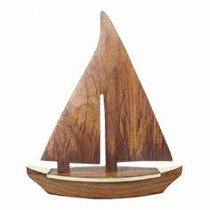 Maritimes Segelboot aus Holz und Messing auf Holzsockel als schöne Geschenkidee für Segler und für Sammler maritimer Dekoration.  Keine Versandkosten innerhalb Deutschlands