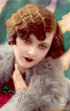 Old Fashioned Clothes : Flapper romance vintage original tinted postcard. Belle Epoque, Vintage Cards, Vintage Postcards, Vintage Images, Vintage Makeup, Vintage Beauty, Vintage Fashion, Vintage Glamour, Vintage Ladies