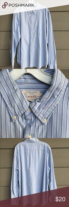 J crew vintage oxford men's shirt Classic soft broadcloth oxford shirt.  Great soft blues. Awesome shirt J. Crew Shirts Casual Button Down Shirts