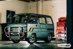 Who's laughing now — 1986 Suzuki Carry van — The Motorhood Mini Trucks, 4x4 Trucks, Car Camper, Camper Van, Suzuki Carry, Kei Car, 4x4 Van, Cool Vans, Van For Sale