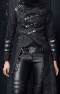 Top Gothic Fashion Tips To Keep You In Style. As trends change, and you age, be willing to alter your style so that you can always look your best. Consistently using good gothic fashion sense can help Cyberpunk Mode, Cyberpunk Fashion, Cyberpunk Clothes, Dark Fashion, Mens Fashion, Gothic Fashion Men, Vintage Fashion, Mode Sombre, Gothic Mode