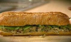 Kampaï :: Recette > Sandwich poulet et canneberges Cheat Meal, Cravings, Sandwiches, Tasty, Healthy Recipes, Meals, Food, Meal Ideas, Roll Up Sandwiches