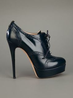 lace up shoe boot