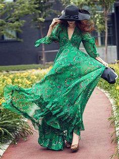 Bohemia Chiffon Green Flared Sleeves V-neck Maxi Dress