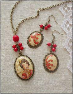 decoupage jewelry