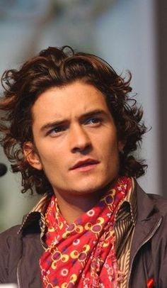 orlando bloom, english, brown, brunette, Adult_Orlando Yahoo group photo by permanent-transition Beautiful Boys, Gorgeous Men, Beautiful People, My Hairstyle, Cool Hairstyles, Orlando Bloom Legolas, Hair Reference, Hollywood, Celebrity Crush