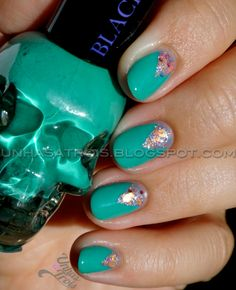 Unhas a Trois: Hot Topic Mint to Be + Rainbow Honey Pinkie Promise V-Gap