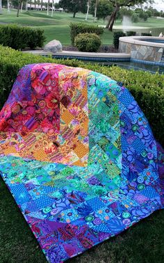 Picnic Blanket, Outdoor Blanket, Bright Quilts, Scrappy Quilts, Quilt Kits, Machine Quilting, Quilting Designs, Fabric Design, Quilt Patterns