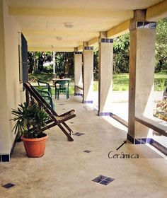 Although ancient within idea, the actual pergola have been going through a current renaissance these Concrete Jungle, Concrete Patio, Round House Plans, Rustic Cafe, Hacienda Style, Patio Makeover, Spanish House, New Homes, Backyard