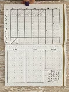 """10 Monthly Layouts to Simplify Your Life - """"Vertical Twist"""""""