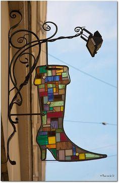 Metallic Sculpture : Loving this stained glass sign. Stained Glass Projects, Stained Glass Patterns, Stained Glass Art, Stained Glass Windows, Mosaic Art, Mosaic Glass, Muebles Estilo Art Nouveau, Storefront Signs, Pub Signs