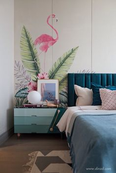 6 Trendy Bedroom Design With Extraordinary Makeovers Try to remember a bedroom has become the most personal room for you in your home as it's a room where it is possible to relax and dream. Trendy Bedroom, Modern Bedroom, Girls Bedroom, Master Bedrooms, Bedroom Styles, Bedroom Colors, Deco Addict, Inspiration Design, Headboards For Beds