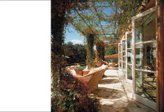 Folding window wall -- Backen, Gillam & Kroeger Architects - Portfolio - Residences - Portola Valley Residence