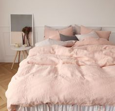 Luxury bedding Sets - In Search of the Perfect Blush Pink Bedding Set. Dream Bedroom, Home Bedroom, Girls Bedroom, Bedroom Decor, Bedroom Ideas, Bedroom Designs, Pink Bedrooms, Trendy Bedroom, Pink Bedding Set
