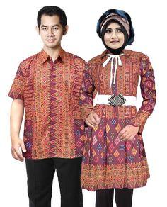 COUPLE BLUS MUSLIM BATIK ANGELICA Bahan : katun primisima Jenis batik: printing Harga : Rp.275,000 ✅PEMESANAN SMS / WA (085725670789) PIN BB2 : 74A4D8C8 LINE / INSTAGRAM : batikluna Detail bahan dan ukuran : Untuk wanita Panjang blus muslim : 85cm Paniang lengan : 55cm Lingkar dada : S(88cm), M(96cm), L(104cm), XL(112cm) Lingkar pinggang : S(76cm), M(82cm), L(90cm), XL(96cm) Untuk pria : Lingkar badan : s(100cm), M(104cm), L(112cm),XL(120cm) Panjang baju : S(70cm), M(72cm), L(74cm), XL(76cm)