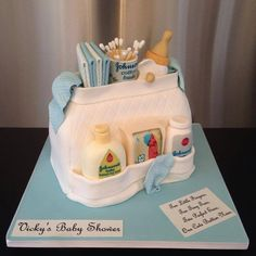 Baby bag baby shower cake in blue