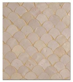 capiz fish scale back splash | Moroccan-style fish scale tiles....I'm inspired to install as a ...