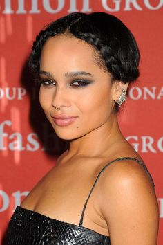 Zoë Kravitz's braid crown is the perfect combo of pretty & rebellious. Zoe Kravitz Braids, Alexander Wang, Beauty Bible, Celebrity Makeup, Celebrity Crush, Great Hair, Hair Today, Braid Styles, Celebrity Pictures