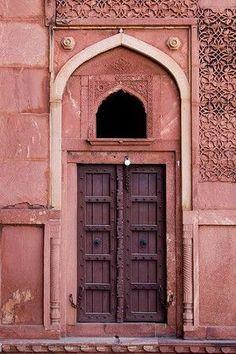 Pantone color for Marsala - Agra Fort Cool Doors, Unique Doors, Marsala, Marrakesh, Ville Rose, Agra Fort, Islamic Architecture, Closed Doors, Doorway