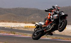 KTM 990 Supermoto R - Motorcycling redefined