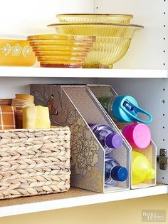 Keep water bottles within reach and in view by stacking them in magazine files. Rest the inexpensive organizers on their backs for quick grab-and-go access./- LOVE the magazine holders for water bottle storage! Organisation Hacks, Pantry Organization, Storage Organizers, Container Organization, Magazine Files, Ideas Magazine, Ideas Para Organizar, Magazine Holders, Magazine Racks