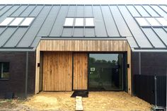 Make sure you visit our information site for much more information on this fantastic photo Roof Architecture, Residential Architecture, Zinc Roof, House Extension Design, Commercial Roofing, Black Barn, Shed Homes, Interesting Buildings, Cabin Design